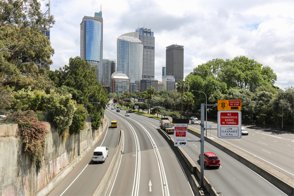 Little traffic leading into North Sydney