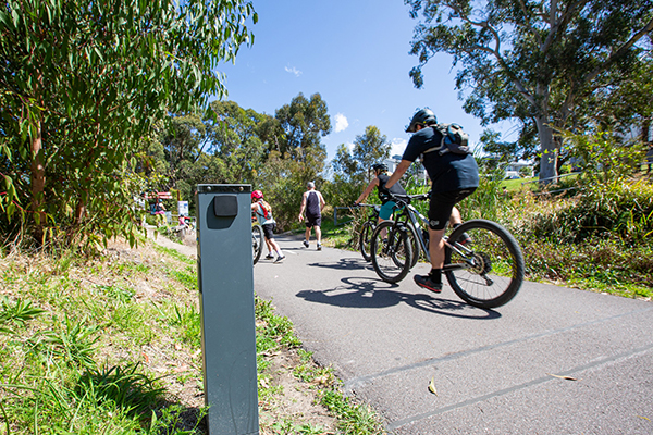 Smart meter counts users of the Fernleigh Track